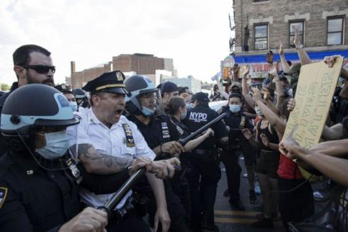 On all sides, fears of 'outside agitators' in Floyd protests